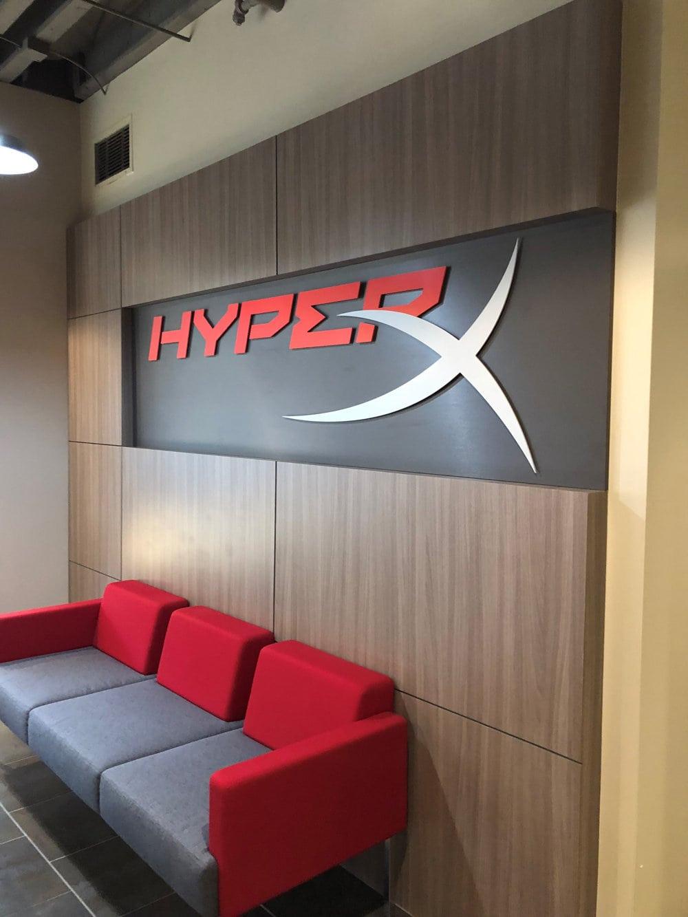 Hyper-X-Entry