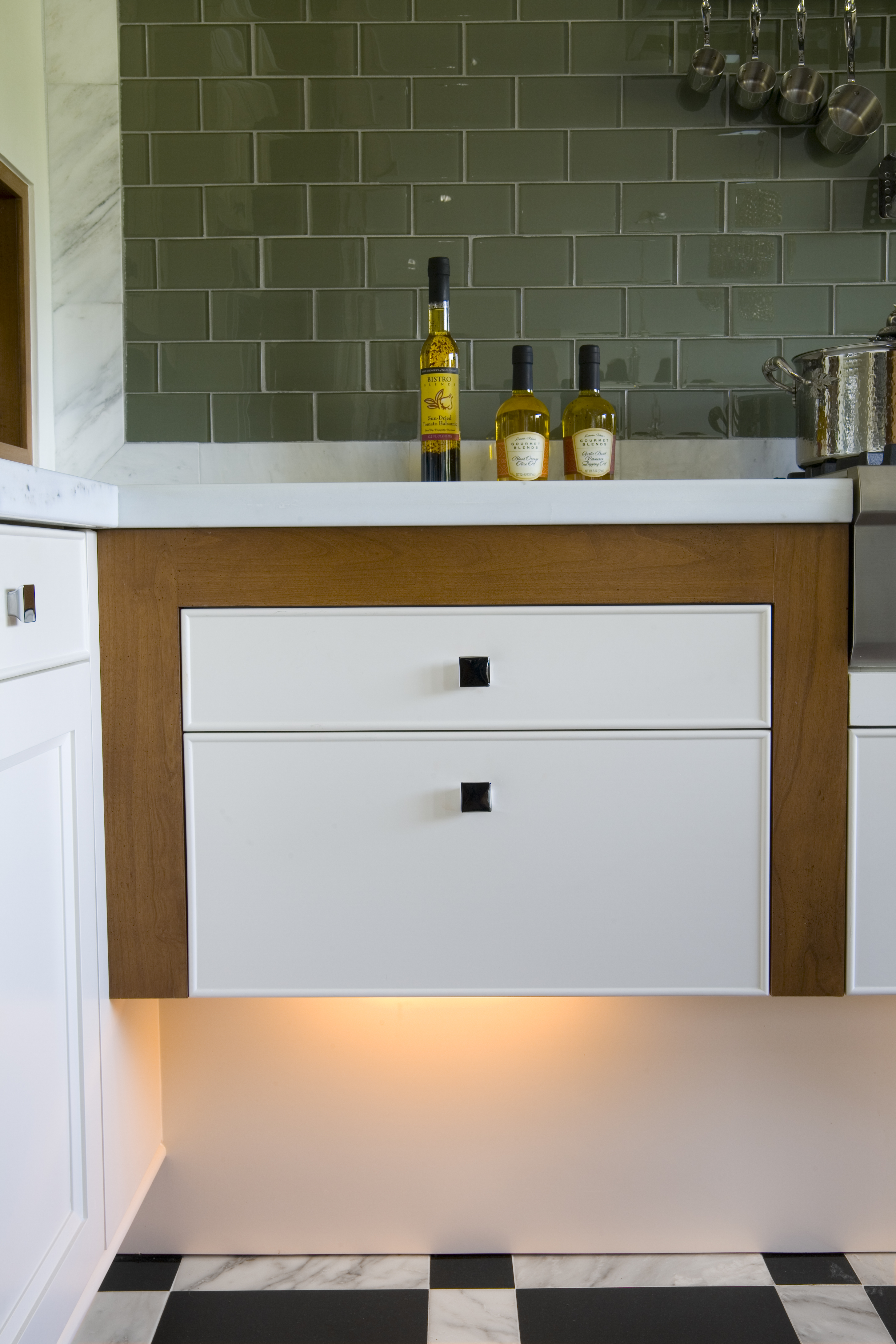 cantilever-cabinets